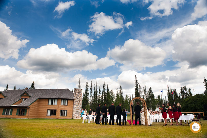 Wedding-photo-Calgary-mountains