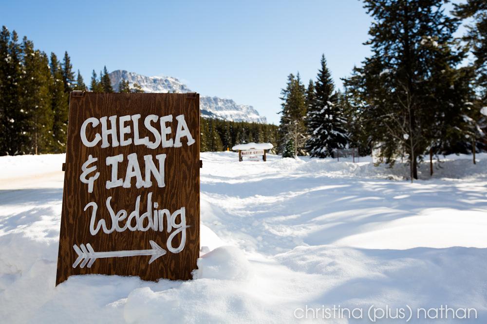 Baker Creek Chalets Winter Wedding Sign