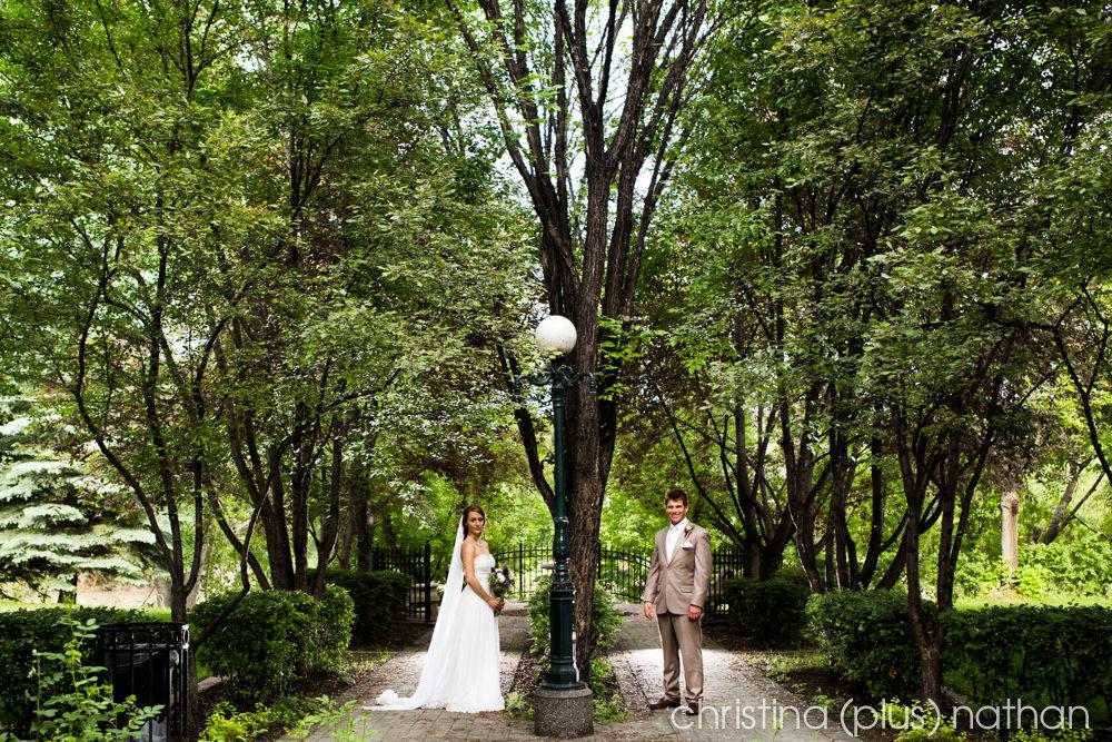 Backyard-calgary-wedding-photography-186