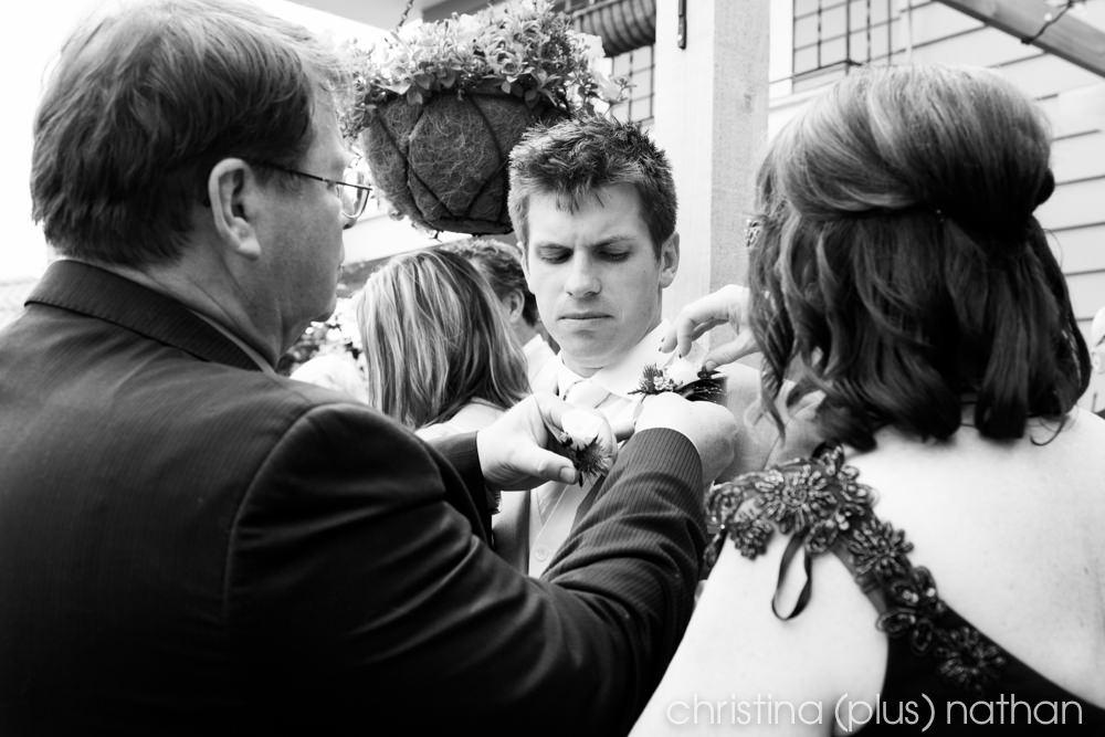 Backyard-calgary-wedding-photography-41