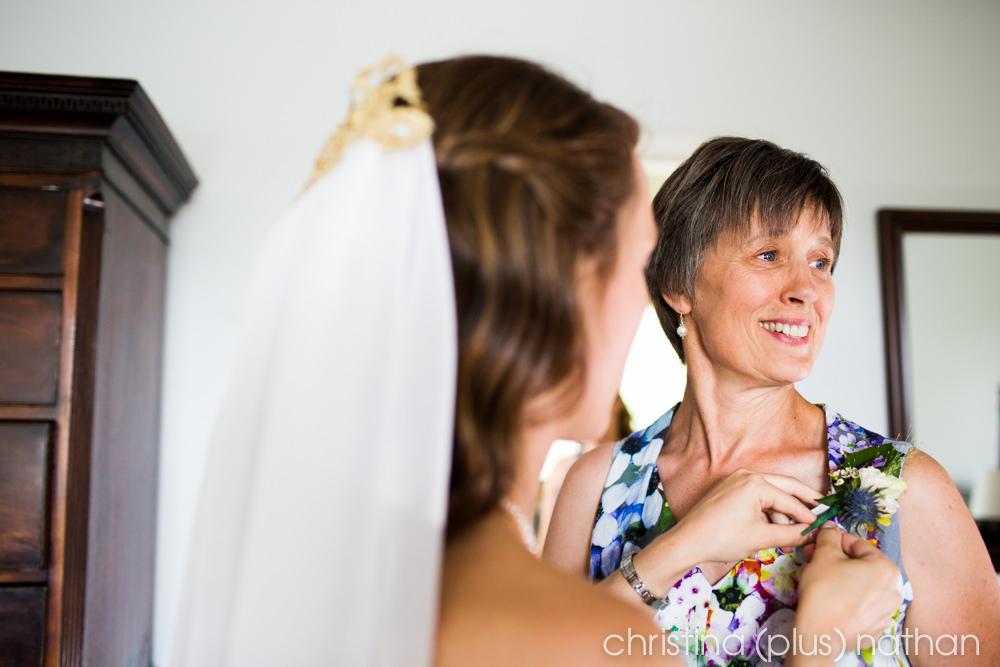 Backyard-calgary-wedding-photography-47
