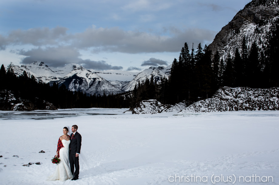 Banff-springs-winter-wedding-85