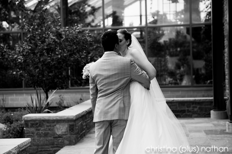 Calgary-Zoo-Wedding-photography-9