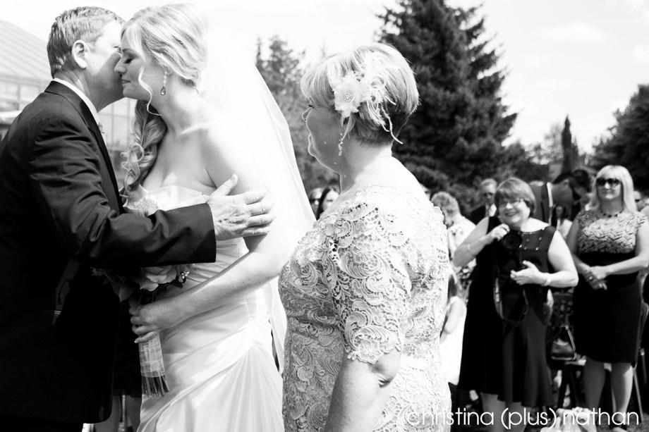 Calgary-Zoo-Wedding-50