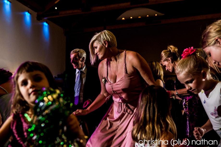 Calgary-Zoo-Wedding-photos-1