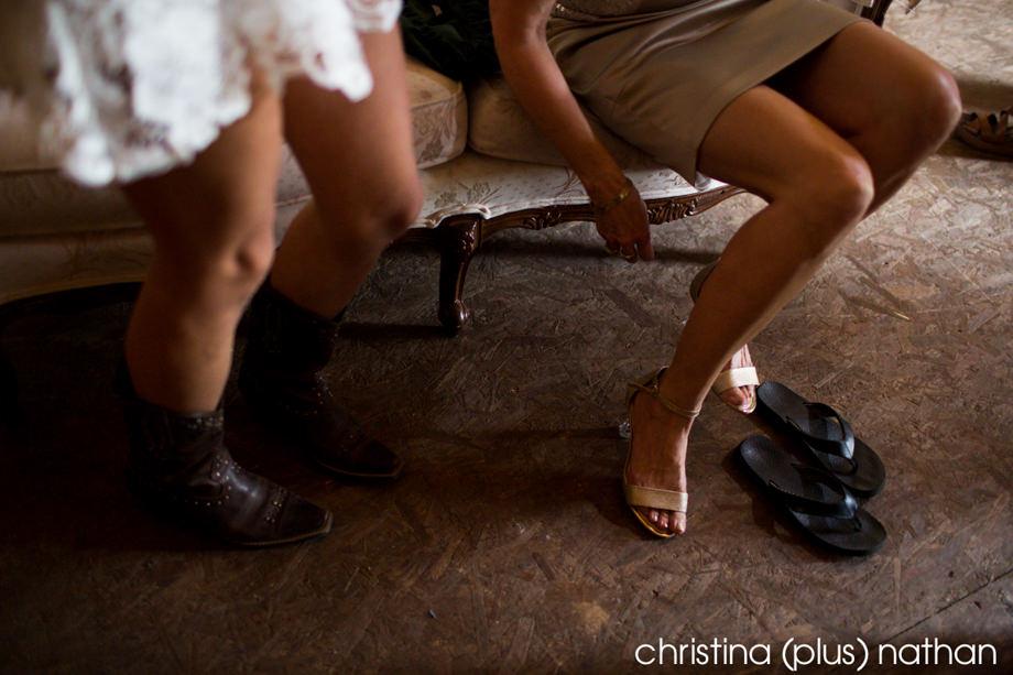 willow-lane-barn-dz-calgary-wedding-photographer-7