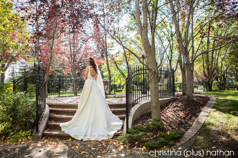 Calgary Wedding photography at Gerry Shaw Gardens