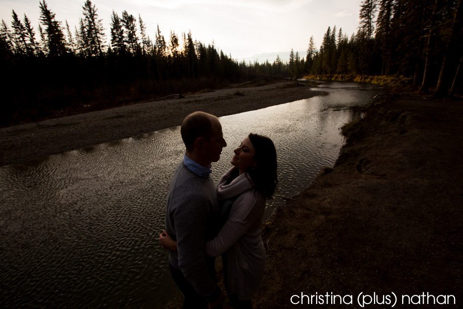 Creek-Engagement-photography-mr